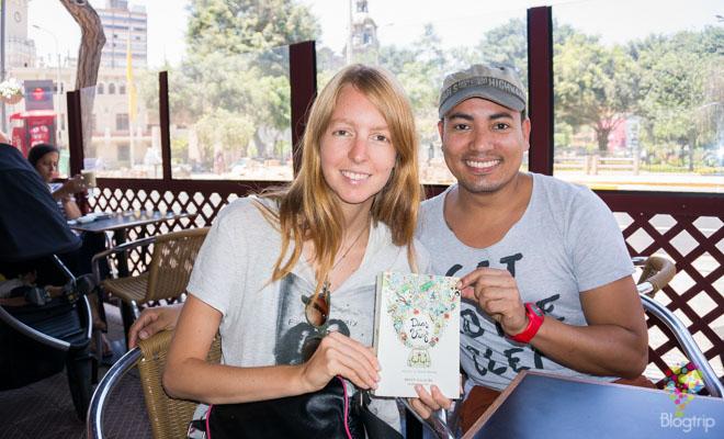 Aniko Villalba viajando por ahí y Aristofennes de Blogtrip