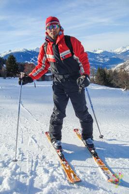 Aristofennes intentando hacer esquí en Francia