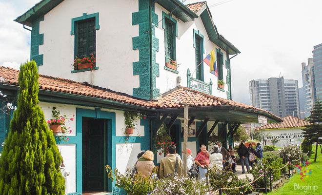 Estación Usaquén tren de la sabana a la Catedral en Zipaquirá