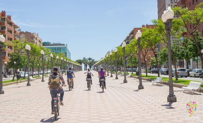 Tarragona en bicicleta eléctrica ecoturismo