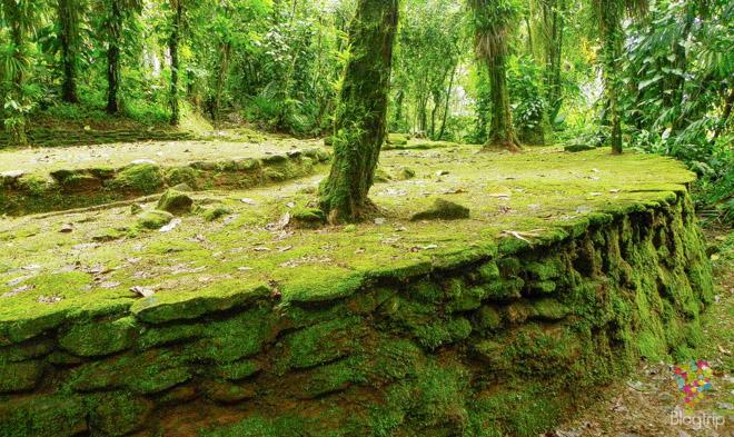 Terrazas y construcción piedra antigua