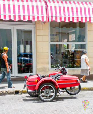 Vehículo antiguo isla de Cuba