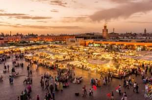 Viajar a Marrakech Marruecos plaza Djema el Fna