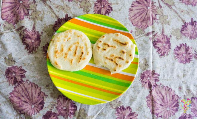 Arepas colombianas de maiz con queso