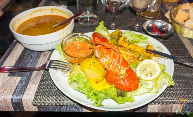 Bouillabaisse plato típico de Marsella Francia