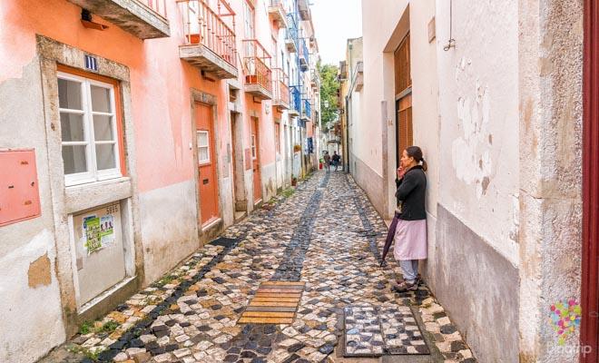 Calles del barrio Alfama de Lisboa