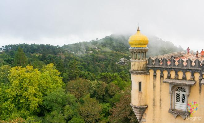 Castillo o palacio da Pena en Sintra Portugal