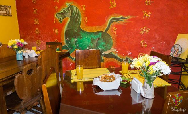 Comedor del hotel Casa galería en Bogotá