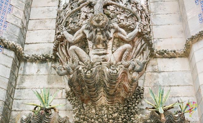 Decoración neogótica del palacio da Pena en Sintra