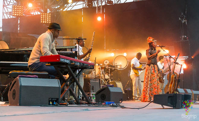 Fatoumata Diawara y Roberto Fonseca - Jazz en Vienne Francia