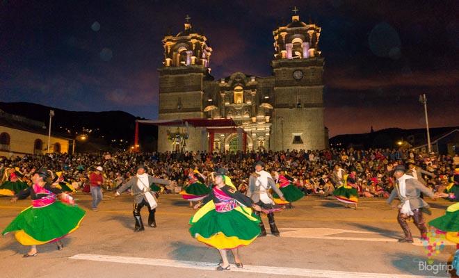 Fiesta virgen de la Candelaria Puno y lago Titicaca