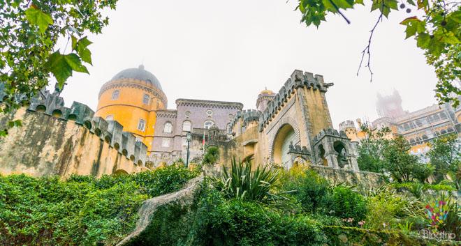 Fotografía de mi llegada al palacio da Pena en Sintra