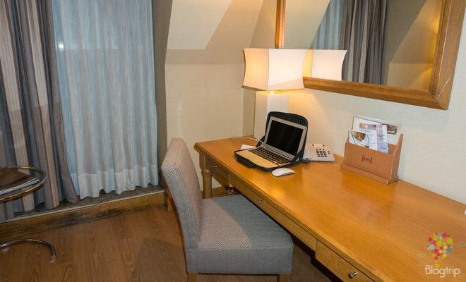 Habitación del hotel Hesperia A Coruña