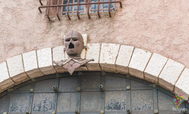 Leyenda del hombre de la máscara de hierro, Cannes Francia
