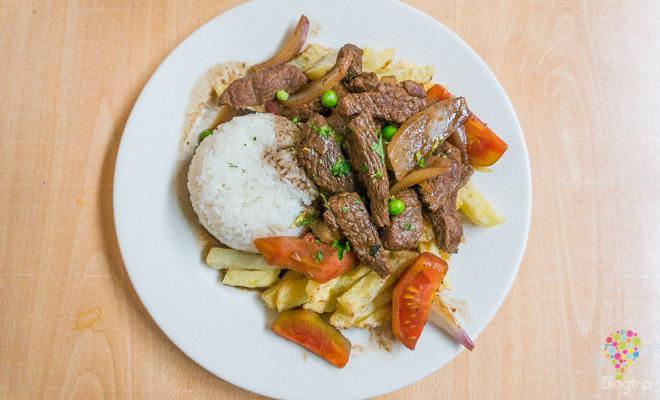 Lomo saltado - comida peruana