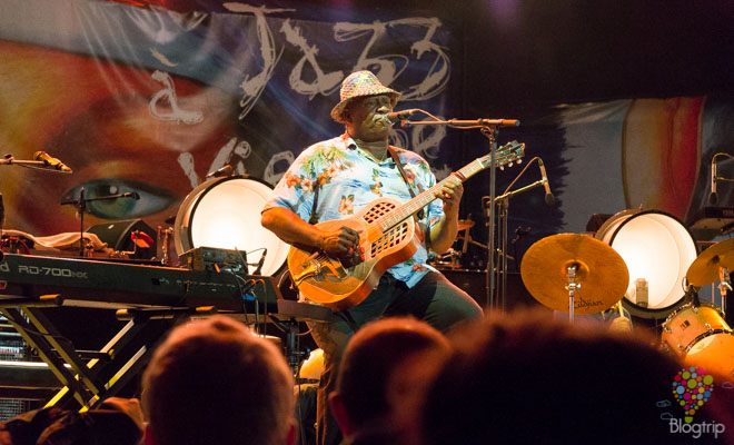Taj Mahal music blues, jazz en Vienne Francia