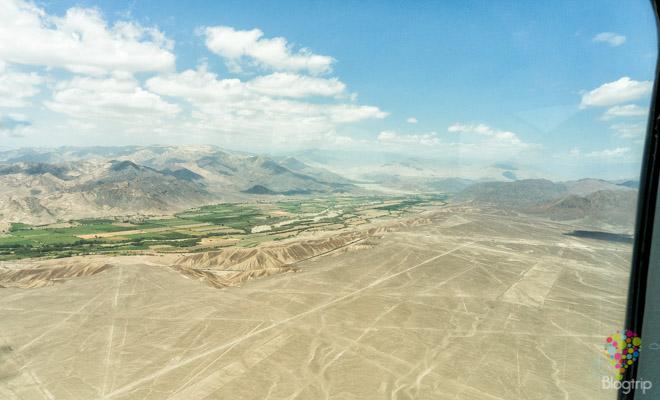 Vuelo sobre el valle y desierto de Nazca, viaje por Perú