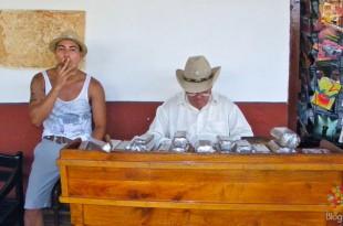 Venta de puros, cigarros habanos (cubanos)