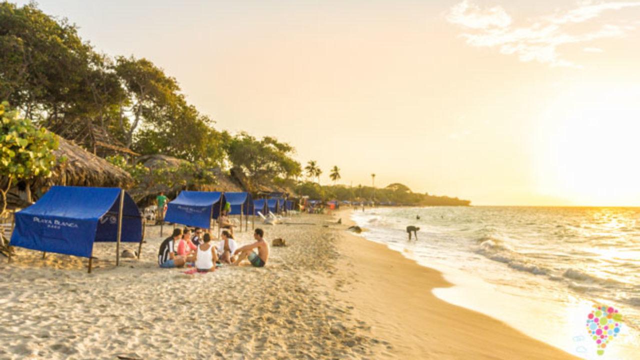 Playa Blanca Paraiso Mochilero En Las Islas De Baru