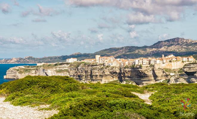 Acantilados de Bonifacio isla de Córcega del sur, Francia