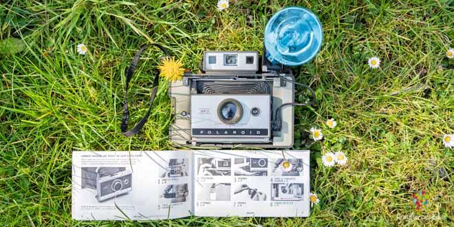 Cámara Polaroid 320 Automatic Land (La Pola)
