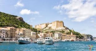 Bonifacio, viaje a la ciudad suspendida de la isla de Córcega