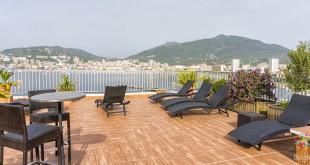 Terraza del hotel Spunta di Mare Ajaccio en Córcega