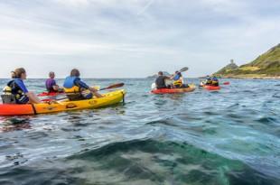 Visita de la costa y playas de Ajaccio en kayak de mar