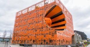 """""""Cube orange"""", El cubo naranja en la Confluence Lyon"""