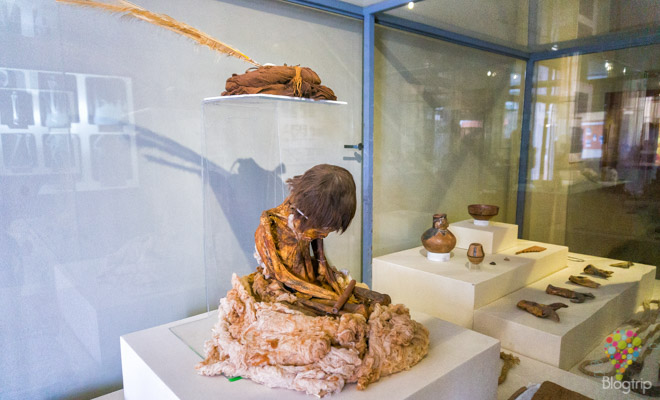 Momia prehispanica en el museo regional de Ica Perú