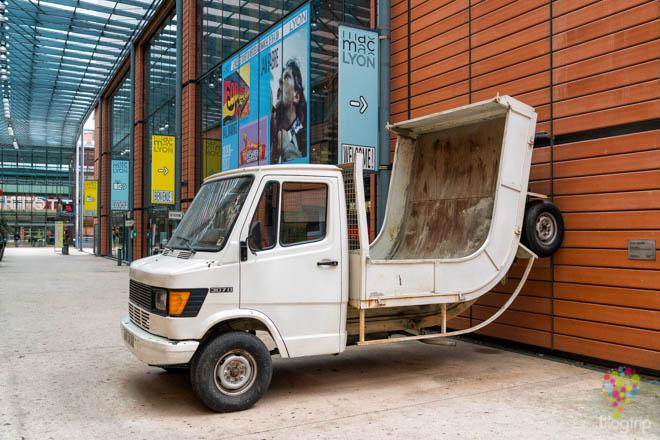 """Truck"" de Erwin Wurn, museo de arte moderno Lyon"