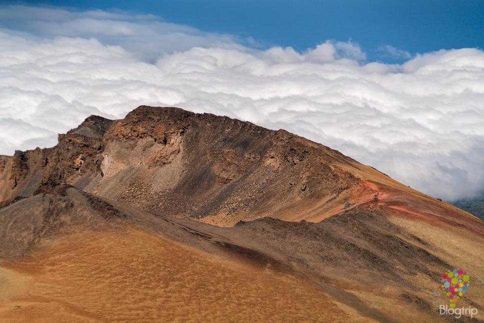 Cráter de Pico Viejo visto desde el mirador en el volcán Teide